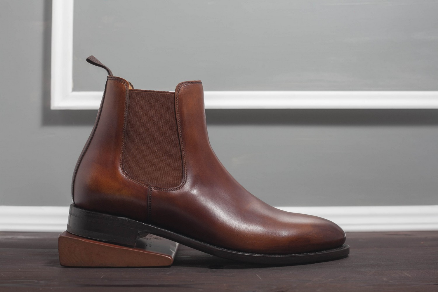Челси Berwick 303 Brown Патина
